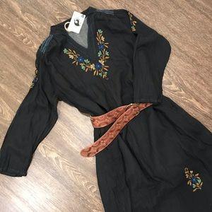 Dresses & Skirts - Embroidered Maxi Boho Dress